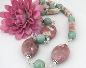 TREASURES OF THE EARTH   Green Aventurine and Pink Lepidolite Necklace