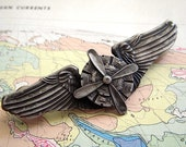 Steampunk Pin Propeller Wings Military Flight Insignia Badge Sky Captain Cosplay