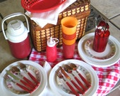 Vintage Picnic Set - Service for 4