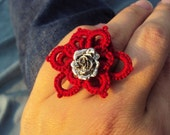 Tatted adjustable ring with rose