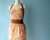 Sweetheart Apron in Loopy Vintage Floral