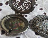 4x APERTURED LOCKETS (in antique silver) Code 918