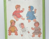 Vintage Sewing Pattern - Wardrobe for Baby Dolls in Three Sizes