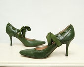 1980s Vintage Jade Green Ankle Laced Pumps Sz 6.5
