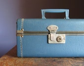 Vintage Train Case .. Indigo Blue