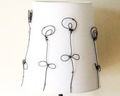 Graphic Blooms Table  Lamp