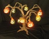 halloween jackolantern tree