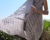 Multi purpose long shawl - Grey argyle pattern