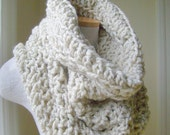 Cozy Cowl Neckwarmer Vanilla Cream