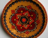 Beautiful Vintage Painted Wooden Plate - Made in Romania Part 5