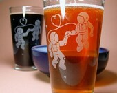 2 Astronaut Love Pint Glasses