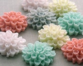 10 Dahlia Flower Plastic Cabochons - Pastel Sampler - 18mm PC43