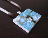 why so blue - a maoiliosa pendant necklace