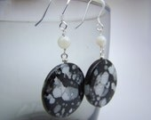 Jet Shell Bead Earrings