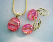 Misty Pink Swirl Pendant and Earrings Set