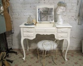 Vintage Painted Cottage French Provincial Flip Up Vanity VAN121