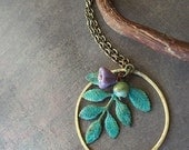 Like a feather Necklace in verdigris brass