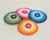 RAINBOW DROPS Украшения - набор из 4 розовый, зеленый, синий и оранжевый слоистых Войлок и кнопка ручной работы Украшения - NEW -
