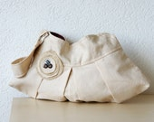 Aleina Pleated Linen  Bag in Beige Lithuanian Linen