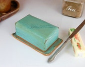 Covered Butter Dish in Turquoise