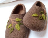 Felted  slippers brown