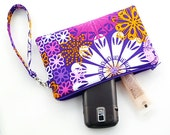 Wristlet Zipper Pouch - Flowers on Purple