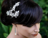 Wedding Hair Comb with vintage leaves and Pearl & Swarovski crystal in white gold.  Mier Headpiece