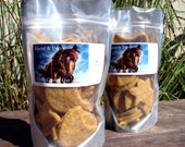 Horse Treats Equine in Carrot Apple & Oats Flavor 2LB Texture that Horses and Ponies Like