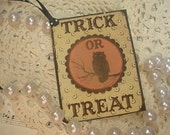 Distressed Shabby Chic Vintage Halloween Hang Tags Labels Gift Tags with Ribbon Set of 3