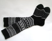 Scandinavian pattern rustic autumn knit knee-high black and white wool socks CUSTOM MADE