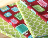 Holiday Napkins - Presents and Green with White Circles - Set of 4 Reversible Cloth