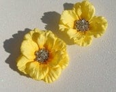 Set of TWO / country yellow hair flowers / bridal yellow flower hair clips / bridesmaid flowers / rustic wedding - misunbridal