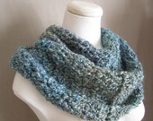 il 170x135.308996014 Etsy Treasury: Blue + Grey in Crochet
