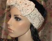 Earwarmer/Headband crocheted in oatmeal