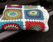il 170x135.316618223 Etsy Crochet Treasury: Colors Around a Granny