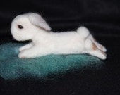 Needle Felted Rabbit - miratique
