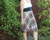 Pretty  Grey and Mauve Plaid 1950s Accordion Skirt