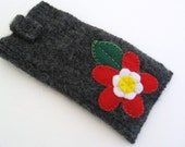 Rosey Red Felt Sunglasses Case