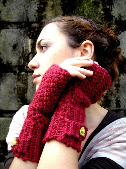 NewMoon Fingerless Gloves - Cranberry Red