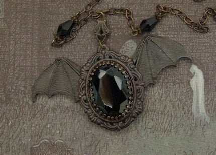 Gothic Vampire Victorian Jewelry Necklace - Goth Halloween Jewellery - Immortal Grace