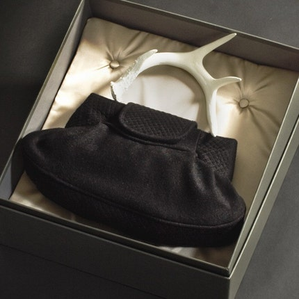 Rich in Craft - Folie a Deux Limited Edition Antler Handbag. Brown Quilted Wool with White Handle 27 of 36