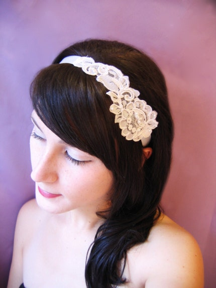 Lace Ribbon Headband in Black or White
