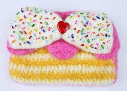 Strawberry Lemon Zipper Pouch by TwinkieChan on Etsy