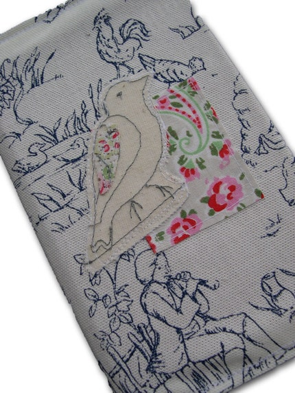 Freehand machine embroired bird applique diary 2010