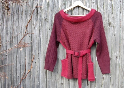 Ella pullover sweater with recycled cashmere and wool in red and plum