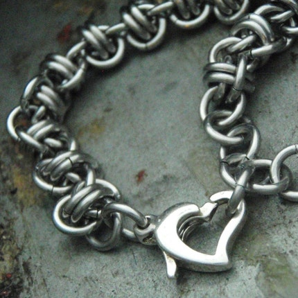 Stainless Steel Simple Twist of Fate Chainmaille Bracelet