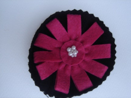 Pink and Black felt Brooch by cookieletta on Etsy from etsy.com