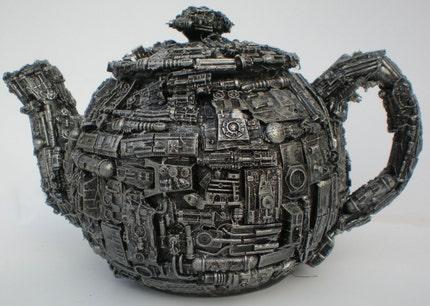 Robotic teapot