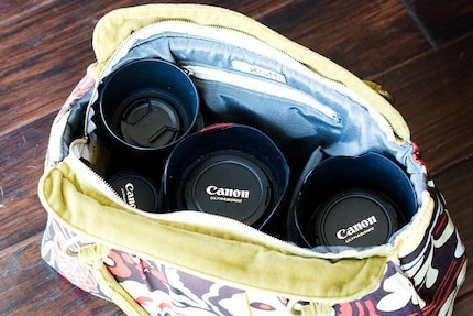 Camera Bag for your DSLR - Plum Plaid