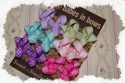 WE SHIP INTERNATIONAL......Set of 6 Dotty Grosgrain Hair Bows...PINK....LIGHT GREEN...AQUA....LAVENDER....HOT PINK....PURPLE...Loopy with a Center Knot..... Adorable Gift for Infant, Baby or Girl
